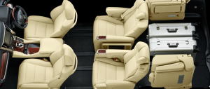 4人乗車+荷室モード