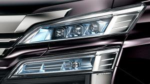 3眼+LEDクリアランスランプ(イルミネーション[デイライト]機能付)+LEDアクセサリーランプ+LEDシーケンシャルターンランプ(フロント)+LEDコーナリングランプ