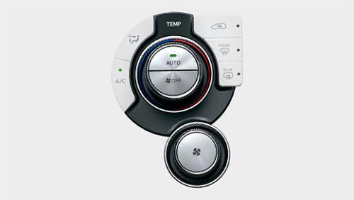 オートエアコン(蓄冷エバポレーター付)&ダイヤル式ヒーターコントロールパネル